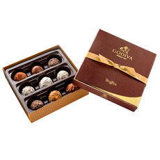 The 9 pc Godiva Signature Truffle Assortment features the perfect selection of flavours for truffle aficionados.