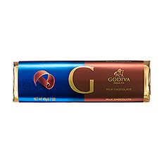 Silky, smooth Godiva milk chocolate delights the senses with every bite of this classic chocolate bar.
