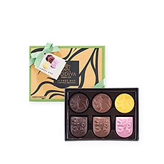 Introducing the spectacular new Godiva Icônes d'Or collection! The 6 piece gift box is a stylish way to discover this unique new Godiva chocolate assortment.