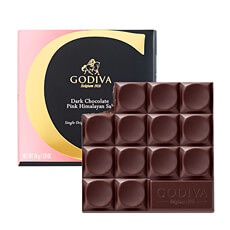 G by Godiva Single Origin 42% Dakr Chocolate Pink Himalayan Salt Tablet features robust Mexican dark chocolate blended with a pinch of pink Himalayan Salt, resulting in a thrilling combination of sweet and savory that delights the senses.
