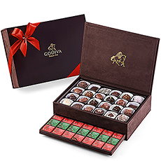 To give a truly wonderful chocolate gift, Godiva offers its beautiful keepsake gift box. Godivas Royal Boxes are brimming with Godivas amazing array of delicious chocolates and tantalizing carrés. Each box makes a wonderful gift for a friend, colleague or to bring to the family get-togethers.